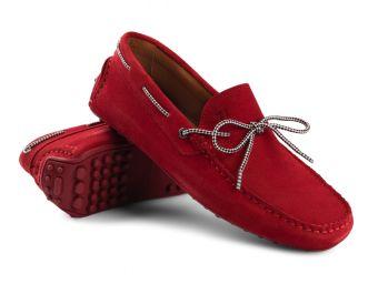 Jakie buty do męskich spodni jeansowych